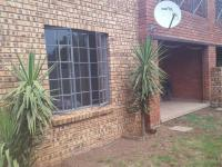 2 Bedroom 2 Bathroom Flat/Apartment for Sale for sale in Meyerton