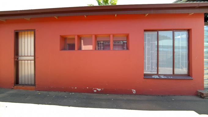 Standard Bank EasySell 2 Bedroom Sectional Title for Sale For Sale in Pretoria North - MR171150