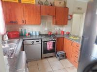 2 Bedroom 1 Bathroom Flat/Apartment for Sale for sale in Castleview