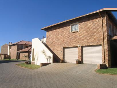 2 Bedroom Simplex for Sale For Sale in Stone Ridge Country Estate - Home Sell - MR17145