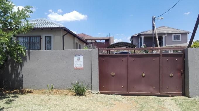 Standard Bank EasySell 3 Bedroom House for Sale in Cosmo City - MR171493
