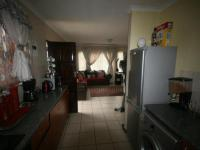 Kitchen - 11 square meters of property in Cosmo City