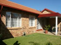 2 Bedroom 1 Bathroom Simplex for Sale for sale in Meyerspark