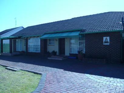 3 Bedroom House for Sale For Sale in Witpoortjie - Home Sell - MR17227