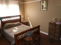 Main Bedroom - 22 square meters of property in Parktown Estate