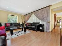 Lounges - 46 square meters of property in Sandown