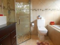 Main Bathroom - 6 square meters of property in Sandown