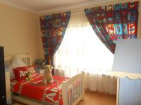 Bed Room 1 - 28 square meters of property in Sandown