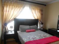 Bed Room 2 - 15 square meters of property in Sandown