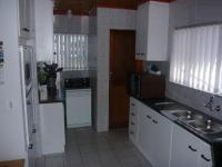 Kitchen - 16 square meters of property in Durbanville