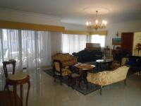 Lounges - 70 square meters of property in Linksfield North