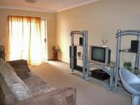 Lounges - 10 square meters of property in Roodepoort