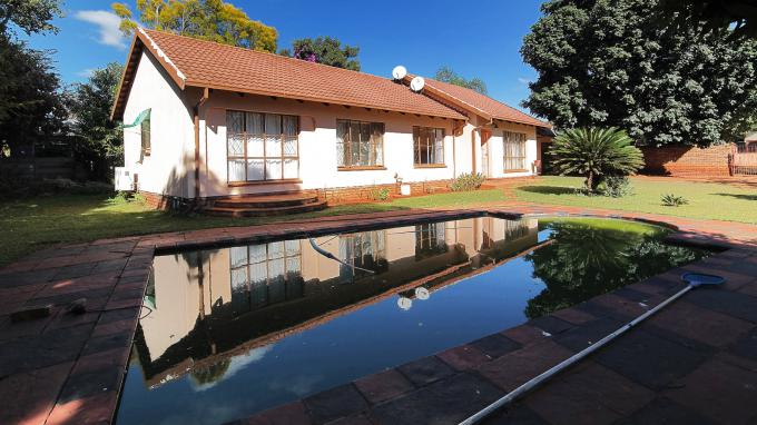 Standard Bank EasySell 3 Bedroom House for Sale For Sale in The Orchards - MR173155