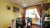 Dining Room - 9 square meters of property in The Orchards
