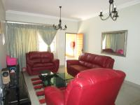 Lounges - 24 square meters of property in Kempton Park