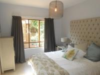 Main Bedroom - 14 square meters of property in Sunninghill