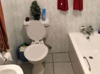 Bathroom 1 - 5 square meters of property in Centurion Central (Verwoerdburg Stad)