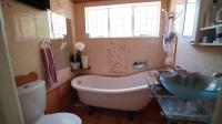 Main Bathroom - 4 square meters of property in Rustenburg