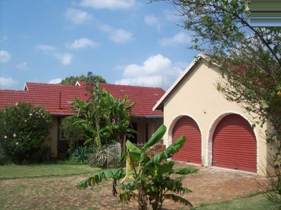 Standard Bank Repossessed House for Sale For Sale in Kempton Park - MR17443