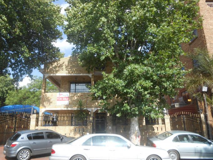 8 Bedroom Commercial for Sale For Sale in Fordsburg - Private Sale - MR174502