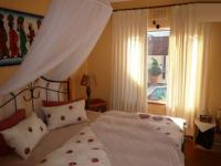 Bed Room 2 - 15 square meters of property in Hout Bay