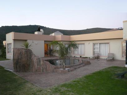 4 Bedroom House for Sale For Sale in Plattekloof - Home Sell - MR17507