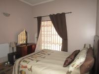 Bed Room 1 - 20 square meters of property in Meyersdal