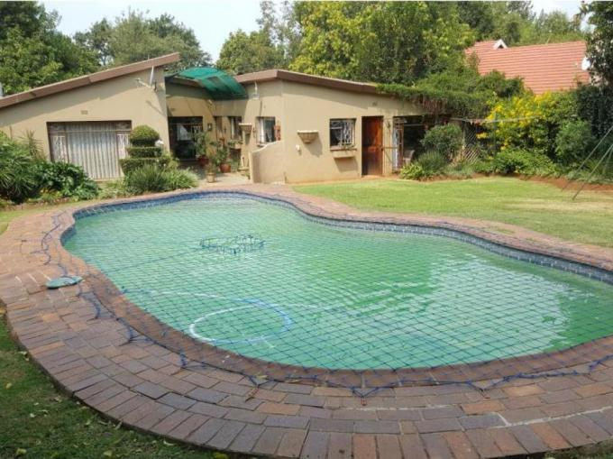 3 Bedroom House for Sale For Sale in Germiston - MR175467