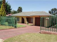 4 Bedroom 1 Bathroom House for Sale for sale in Florentia
