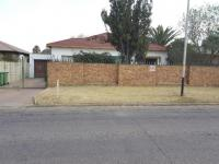 3 Bedroom 2 Bathroom House for Sale for sale in Florentia