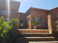 4 Bedroom 2 Bathroom House for Sale for sale in Oakdene