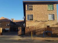 2 Bedroom 1 Bathroom House for Sale for sale in Kempton Park