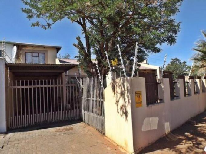 Standard Bank EasySell Sectional Title for Sale For Sale in Bloemfontein - MR178238