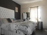 Main Bedroom - 14 square meters of property in Edenburg - Jhb