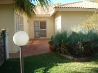 7 Bedroom 5 Bathroom Guest House for Sale for sale in Modimolle (Nylstroom)