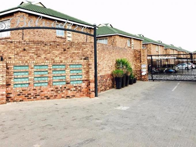 2 Bedroom House for Sale For Sale in Benoni - MR178661
