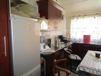 Kitchen of property in Ogies
