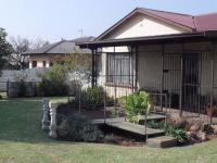 3 Bedroom 1 Bathroom House for Sale for sale in Estera