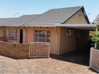 3 Bedroom 2 Bathroom Simplex for Sale for sale in Ormonde
