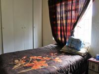 Bed Room 1 - 10 square meters of property in Burgershoop