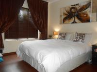Main Bedroom - 17 square meters of property in Douglasdale