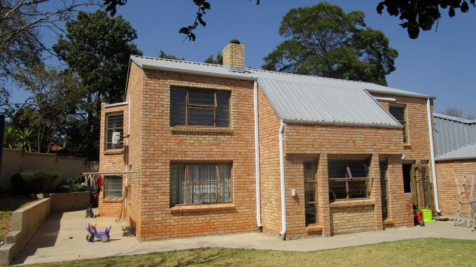 Standard Bank EasySell 3 Bedroom House for Sale For Sale in Craighall Park - MR180159