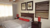 Main Bedroom - 14 square meters of property in Craighall Park