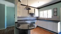 Kitchen - 17 square meters of property in Halfway Gardens