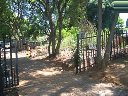 Land for Sale For Sale in Lyttelton Manor - Home Sell - MR18085