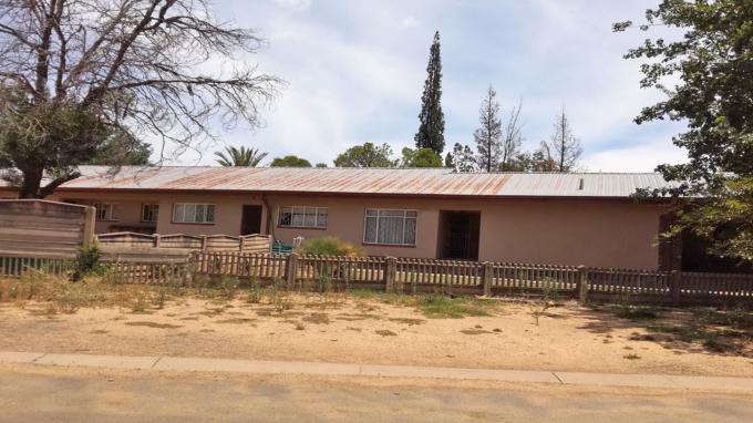 4 Bedroom House for Sale For Sale in Kroonstad - Home Sell - MR180949