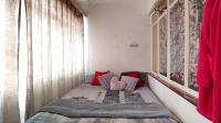 Balcony - 9 square meters of property in Sunnyside
