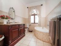 Bathroom 2 - 17 square meters of property in Assagay