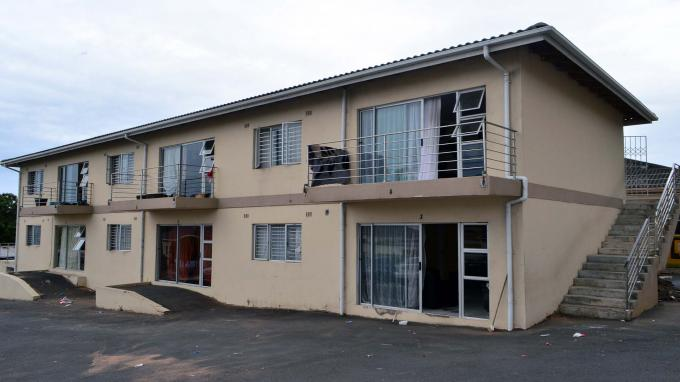 12 Bedroom Apartment for Sale For Sale in Montclair (Dbn) - Private Sale - MR181510