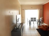 Lounges - 15 square meters of property in Horison View